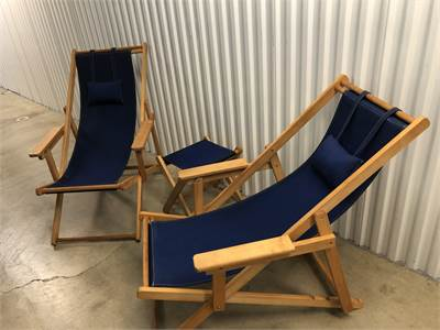 Awesome! Malibu Blue Beach Lounge Set, 2 adjustable lounge chairs and matching table