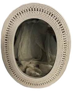 """White Oval Wicker Mirror 22"""" x 17"""" Cherry Hill, NJ local pickup or shipping available"""