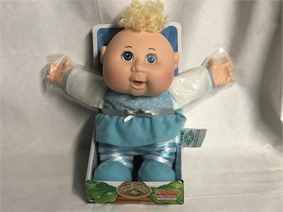 Cabbage Patch Kids Holiday Helpers New In Package Snowflake ❄️ Outfit Cherry Hill, NJ shipping avail