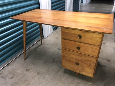 Awesome Desk with retro feel  local pick up Cherry Hill, New Jersey 08034