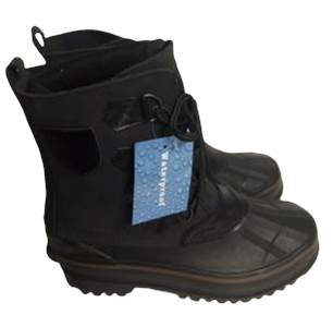Black Waterproof boots size 8 new with tag. Cherry Hill, NJ local pickup or shipping available