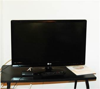 Sold! LG TV and remote control, Cherry Hill, NJ