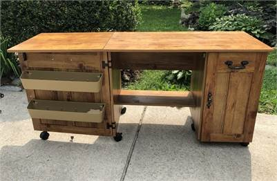 Awesome Sewing Machine Table ! Cherry-Hill-NJ