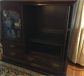 Thomasville, Cherry Wood, Entertainment Center for sale, Beautiful Condition, Cherry Hill, NJ
