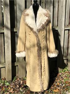 Beautiful Long Fuda Coat! LONG, Light Beige, Winter Coat, Women's Large, Faux Fur & Suede EXCELLENT