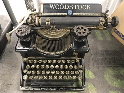 antique typewriter Cherry Hill New Jersey pick up