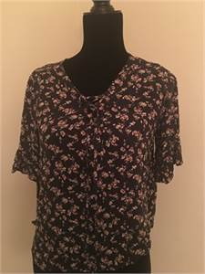 American Eagle Faded Black Floral Shirt size Medium with Free Shipping
