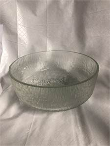 Pretty! Clear Glass Fruit Bowl