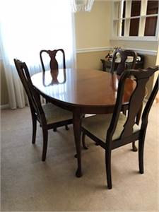 SOLD ! pretty stained Cherrywood, Diningroom Set: 6 chairs, Table and China Cabinet. Cherry Hill, NJ